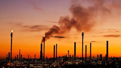 Photo of دولة جديدة تدخل سوق النفط العالمي.. بعد مآسٍ وويلات