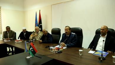 Photo of ضباط يلتقون في زوارة لإرساء السلام