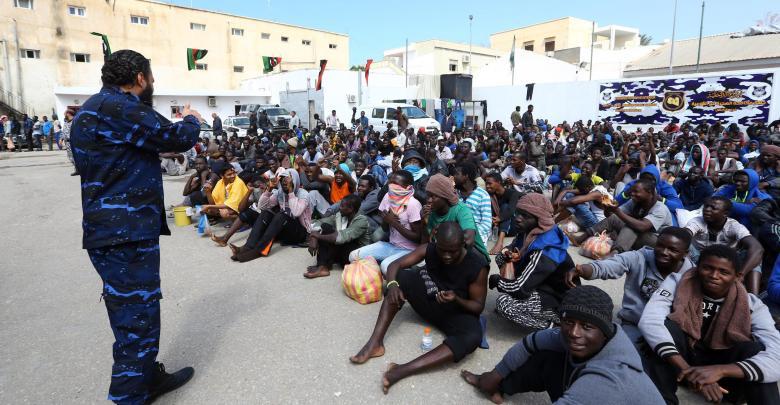"""نتيجة بحث الصور عن الأول من نوعه.. مركز لإيواء اللاجئين """"الضعفاء"""" في طرابلس"""
