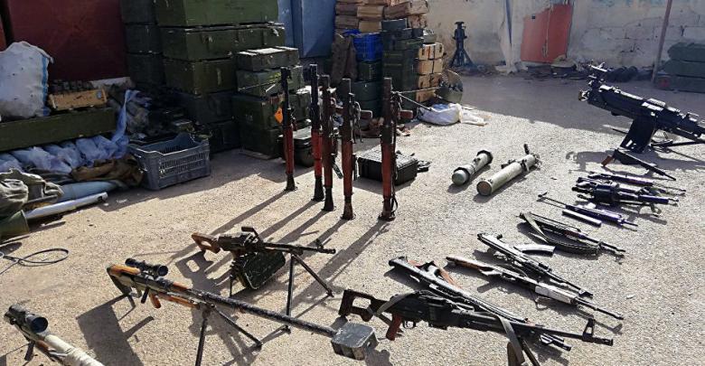 الأسلحة التركية بميناء الخمس