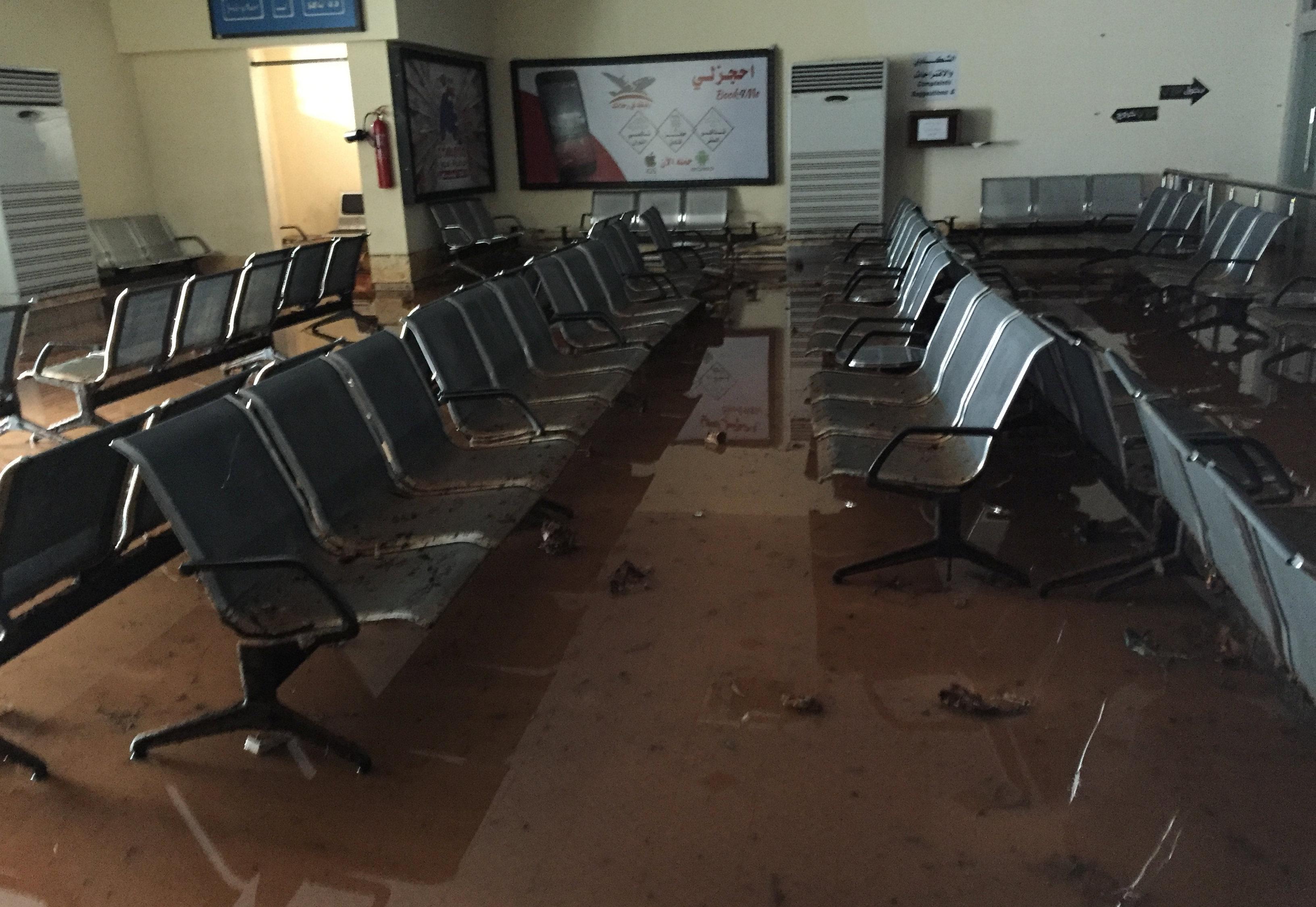 مطار بنينا - بنغازي