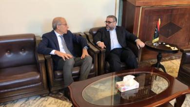 اجتماعا ضم خالد المشري و الصديق الكبير