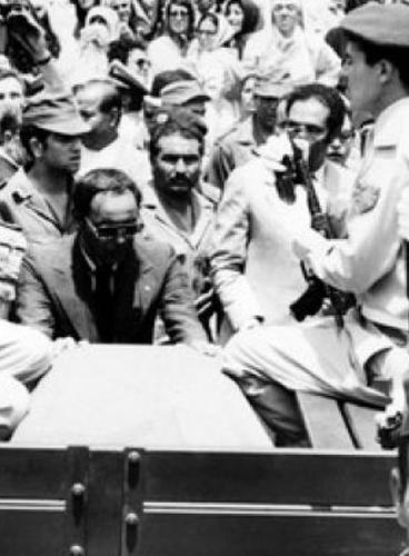 اشهر الانقلابات - صور فيديوغراف