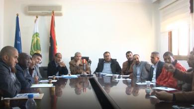 Photo of لجنة المسابقات تجتمع مع أندية المنطقة الغربية