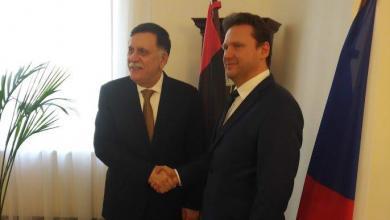 """فائز السراج مع رئيس مجلس النواب التشيكي """"راديك فوندراشيك"""""""