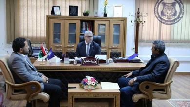 فتحي باشاغا مع اعضاء مجلس النواب عن المنطقة الشرقية