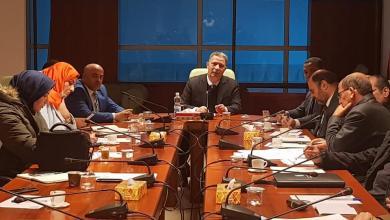 صورة معتوق يبحث سير العمل في مفاصل وزارة مواصلات الوفاق
