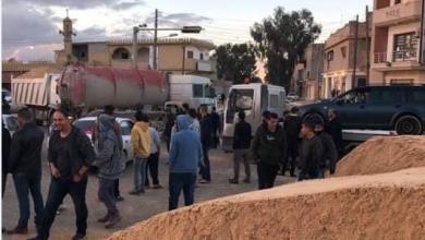 صورة محتجون يغلقون الطريق الساحلي بزاوية المحجوب