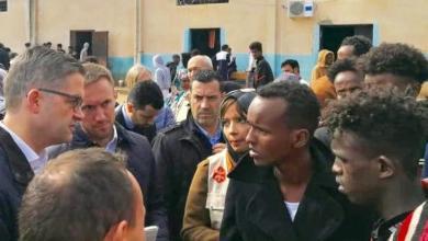 Photo of السفير الألماني ينتقد أوضاع المهاجرين في ليبيا