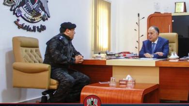 إبراهيم بو شناف مع مدير أمن البيضاء العقيد خالد البسطة