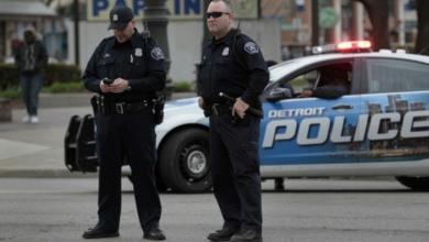 Photo of الشرطة تنقذ حياته.. فيسرق سيارتها