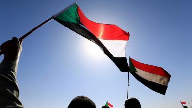 """Photo of """"المهنيين السودانيين"""" يتوعّدون بأشكال جديدة للمُقاومة"""