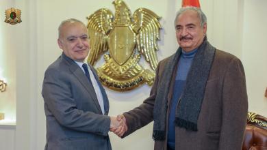 لقاء قائد الجيش الوطني المشير خليفة حفتر والممثل الخاص للأمين العام للأمم المتحدة في ليبيا غسان سلامة