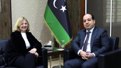 لقاء أحمد معيتيق مع السفيرة الفرنسية لدى ليبيا بياتريس دو هيلين