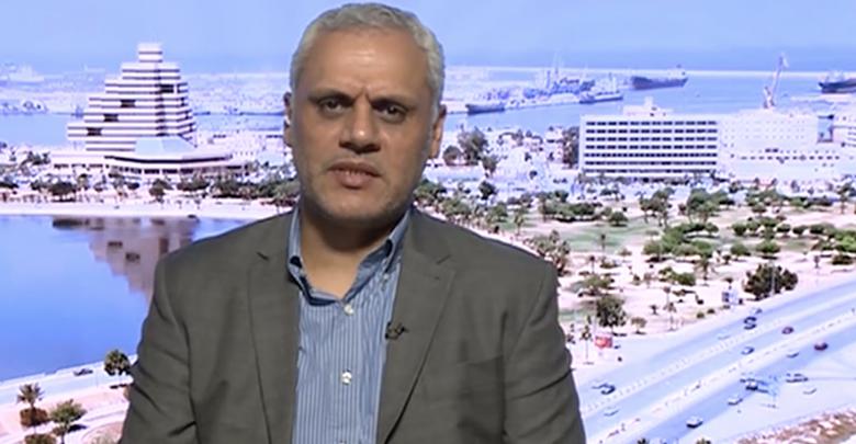 الأكاديمي وعضو التكتل المدني الديمقراطي الدكتور عاطف الحاسية