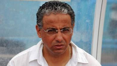 المدرب الجزائري عادل عمروش