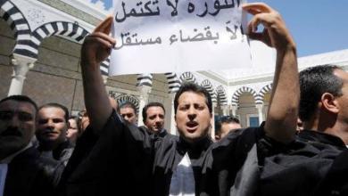 """Photo of قضاة الجزائر ينتفضون.. """"مصائب"""" بوتفليقة """"لا تأتي فُرادى"""""""
