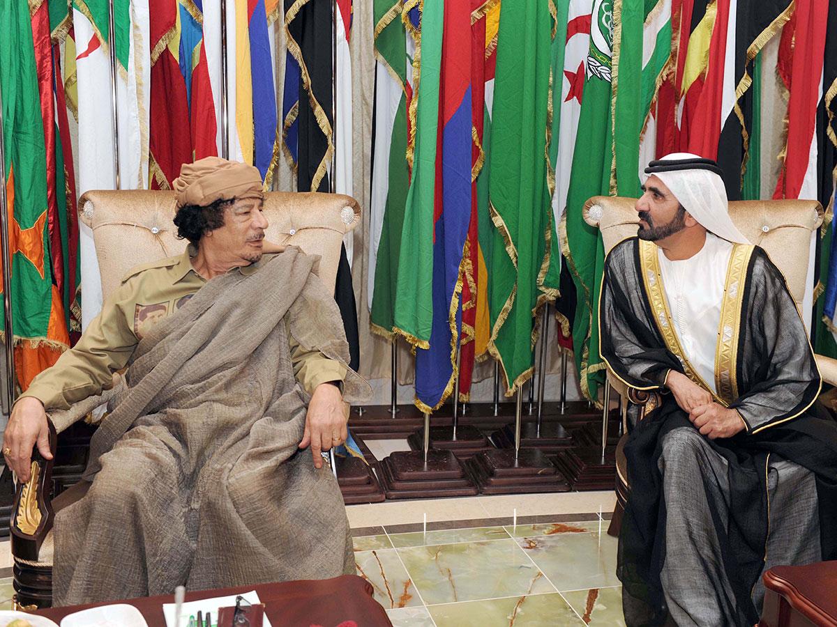 محمد بن راشد آل مكتوم - معمر القذافي