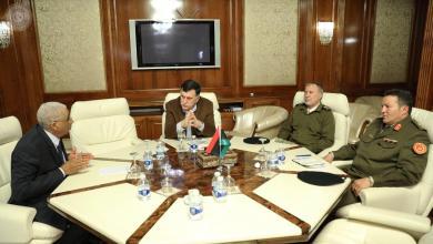 Photo of المستجدات العسكرية تجمع السراج بآمري 3 مناطق عسكرية