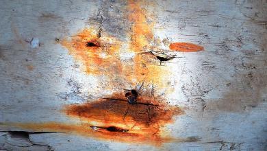 Photo of حريق يتلف مرسم الفنان بن لامين بمصراتة