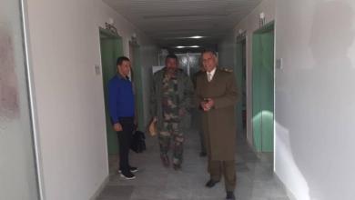 Photo of اللواء سعد الفسي يتفقد المستشفيات الميدانية في الجفرة