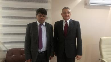 لقاء السفير الإيطالي في ليبيا جوزيبي بوتشينو مع رئيس قسم التحقيقات بمكتب النائب العام الصديق الصور