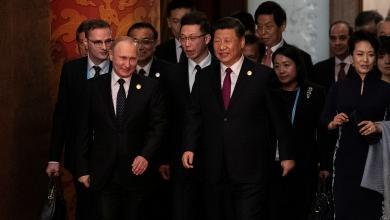 الرئيس الروسي فلاديمير بوتين، مع نظيره الصيني شي جين بينغ