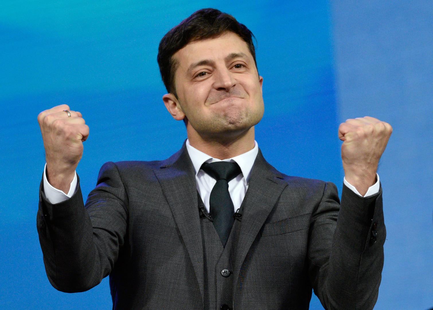 الممثل الكوميدي الأربعيني فلاديمير زيلينسكي