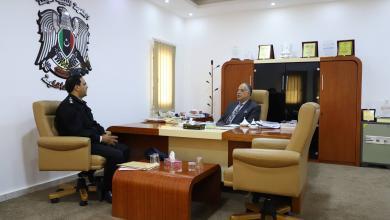 وزير داخلية المؤقتة إبراهيم بو شناف مع مدير مديرية أمن سلوق -قمينس العقيد سعد العكوكي