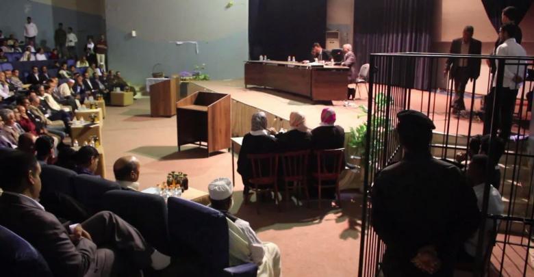 """""""محكمة صورية"""" من فقرات حفل تخرج كلية القانون بجامعة بني وليد"""