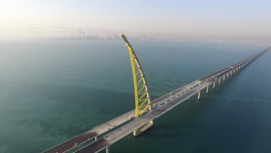 "Photo of الكويت تترقب ""أطول جسر بحري"" بـ 3 مليار دولار"