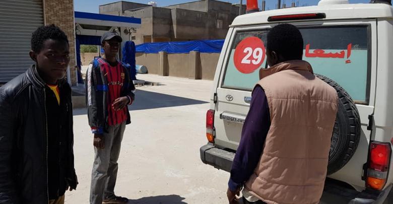 تواصل إخلاء العائلات من مناطق الاشتباكات - طرابلس