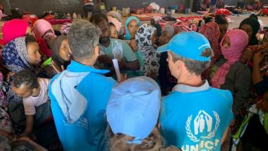 Photo of إجلاء 150 لاجئا من مواقع الاشتباكات