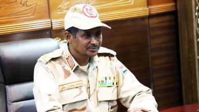 """صورة عساكر السودان: """"نعم للتفاوض لا للفوضى"""""""