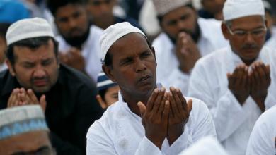 Photo of مسلمون يفرون من بلدة سريلانكية لهذا السبب