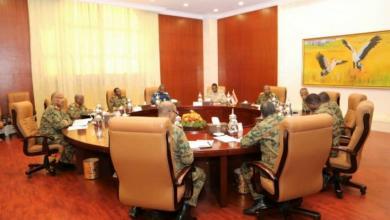 Photo of لجنة وساطة سودانية تقترح تشكيل مجلسين انتقاليين