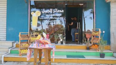 صورة إقبال كبير على محال بيع العصائر في رمضان