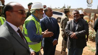 صورة الثني يتفقد مشاريع الحكومة في بنغازي