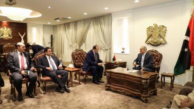 القائد العام للجيش الوطني المشير خليفة حفتر يستقبل رئيس المخابرات العامة المصرية اللواء عباس كامل، بمقر القيادة في الرجمة.
