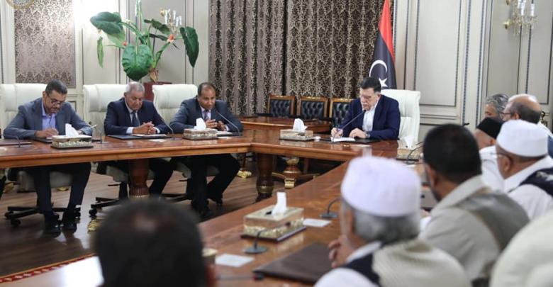 وفدا من العجيلات يعلن دعمه الكامل لحكومة الوفاق