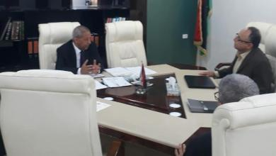 """Photo of وزير """"الحكم المحلي"""" يجتمع ببلدية """"طرابلس"""""""