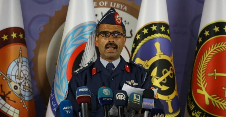 قنونو يطالب المدنيين الابتعاد من المواقع العسكرية