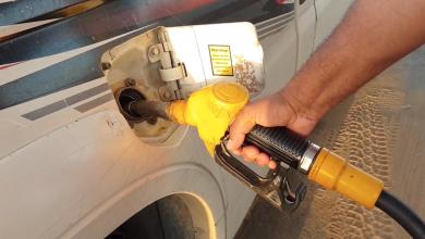 Photo of تشكيل لجنة أمنية لتوزيع الوقود بالكفرة