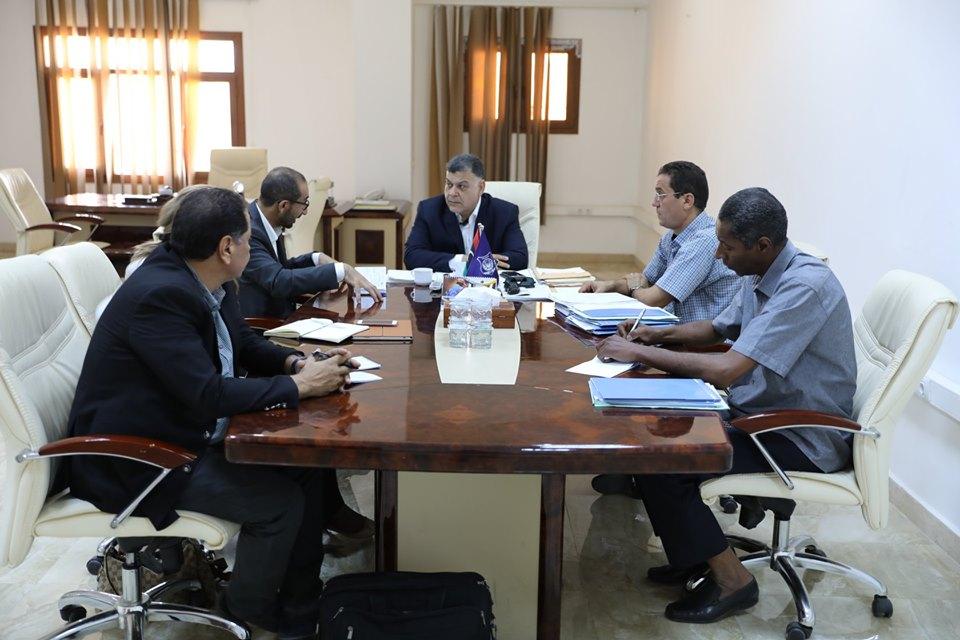 وكيل وزارة الداخلية خالد مازن يلتقي مع مستشاري البعثة الأممية