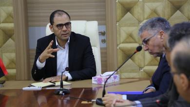 """Photo of أزمتا الوقود والكهرباء على طاولة """"طوارئ الوفاق"""""""
