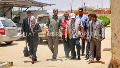 وزير الصحة بالحكومة المؤقتة يزور مستشفى غات