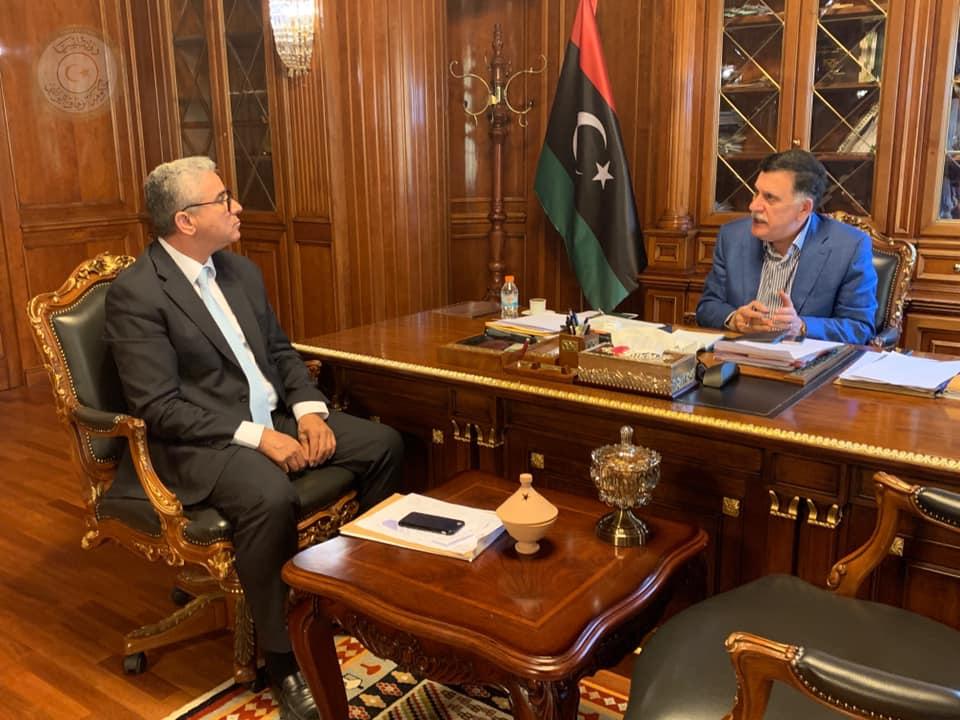 اجتماع رئيس المجلس الرئاسي فائز السراج مع وزير الداخلية المفوض بحكومة الوفاق فتحي باشاغا