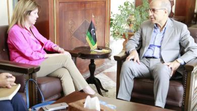 لقاء محافظ مصرف ليبيا المركزي الصديق الكبير مع نائبة الممثل الخاص للأمين العام للأمم المتحدة للشؤون السياسية في ليبيا ستيفاني وليامز