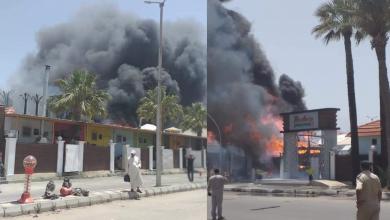 Photo of اندلاع حريق كبير بمعبر راس اجدير