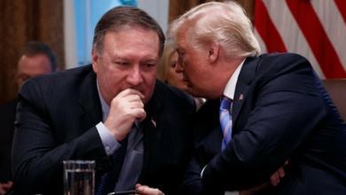 """صورة ترامب وبومبيو عن """"جواسيس في إيران"""": """"كذب"""""""